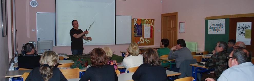 Izvajamo predavanja in delavnice